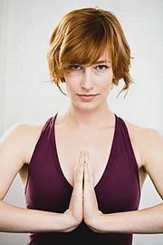 Худеют ли от йоги?